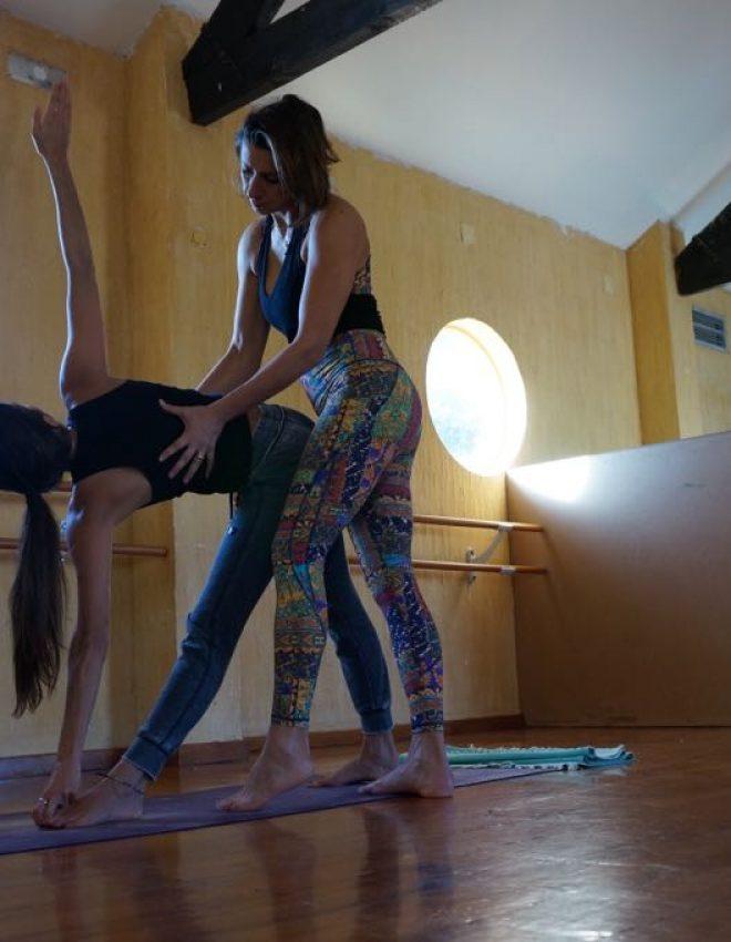Yoga – postura: Utthita Trikonasana